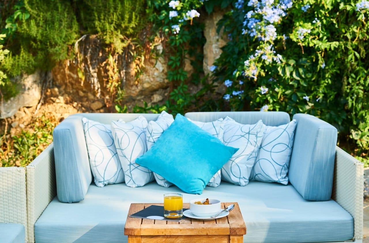 Salon de jardin en résine